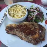 Bonne viande et sauce gorgonzola tres bonne car pas avare en fromage.
