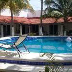 Habitaciones alrededor de la piscina