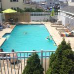 Ship's Inn Resort