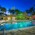 Quality Inn & Suites Airport / Cruise Port South