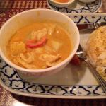 Yellow curry with chicken
