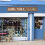 Beautiful coffee and gift shop in homely surroundings.