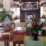 Lobby & Restaurant