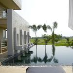 Photo of Uniland Golf & Resort