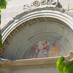 facciata - lunetta, affresco del papacello