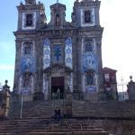 Iglesia de SAnto Ildefonso, al lado del hotel