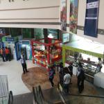 Mani Square Cafeteria照片