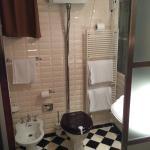"Romantic ""English"" bathroom..."
