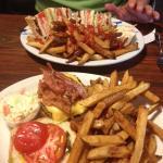 Club sandwich, bacon-cheeseburger