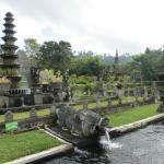 Photo de Pondok Alam Bukit