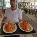 Très bon plats de homard avec les crevettes