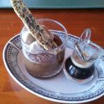 Semifreddo de café y chocolate, presentación y sabor memorables