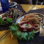Une friture d'eperlans (10€50) et une de calamars (17€). Cher, chiche et pas bon (des calamars à