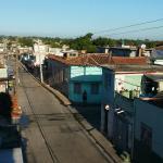 La vista a la ciudad de Santa Clara desde la terraza del Bonsai un regalo simple pero inmenso.
