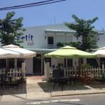 Ảnh về Le Petit Cafe