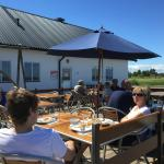 Äta ute nära vattnet i Kårehamn på Öland