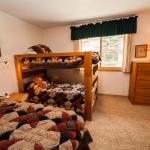 Guest bedroom with 3 twin beds