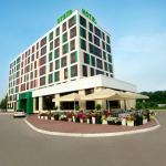 Photo of Skyport Hotel
