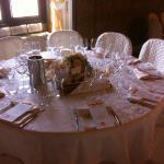 Allestimento tavoli in collaborazione con Stampa e Crea