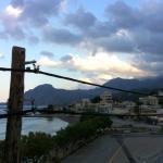 du balcon de la chambre, la vue côté Est le soir après un orage