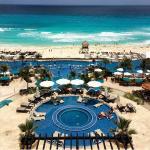 Vista das piscinas e praia
