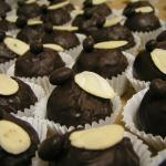 70% Vegan Dark with Almond Butter & Steamed Barhi Dates