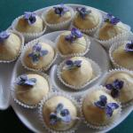 White Chocolate with Rose, Lavender Hibiscus & Spice (Candied Wild Violet)