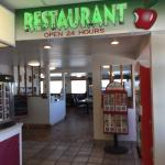 Foto Travelers Oasis Restaurant