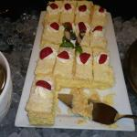 Yummy Vanilla Slice (Custard square)