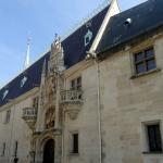 le palais ducal abritant le musée