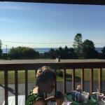 Scenic Shore Inn