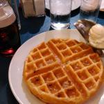 Plain waffle (Php135)