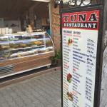Tuna Restoran resmi
