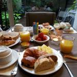Petit-déjeuner copieux et gourmand