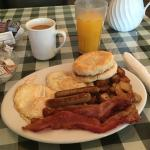 Passing thru Ely from Phoenix to Carlin, Nevada and found this local gem restaurant for breakfas