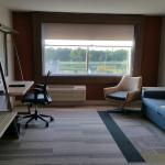 Holiday Inn Express Room 4004
