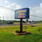 Deluxe Inn Palacios