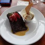 sticky toffee pudding..... delicious....