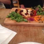 Quinoa pizza with goats cheese