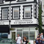 Parkgate ice cream shop 2