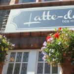 Latte-da Tea Room