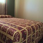 2 Rooms Apt with 2 Queen beds + 2 Full beds