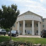 Photo de GrandStay Residential Suites Hotel Madison