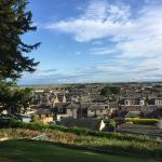 Stayed 17th - 20th July 15 for The Open at St Andrews (40 mins away). Beautiful house, en suite,