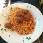 Spaghetti and meatballs nom nom :)