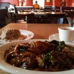 Pepper beef with heart-shaped rice