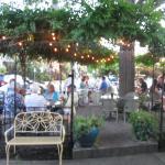 Outdoor eating at Paganini
