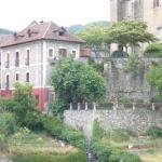 Vista de la Posada y su jardín.