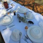 Frühstück zum Sonnenaufgangsritt in der Savanne