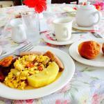 Breakfast: ackee and saltfish